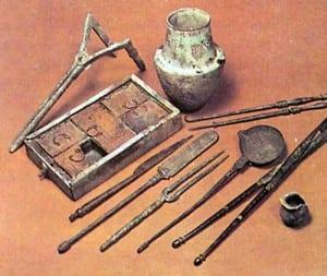 ancient-greek-medical-instruments